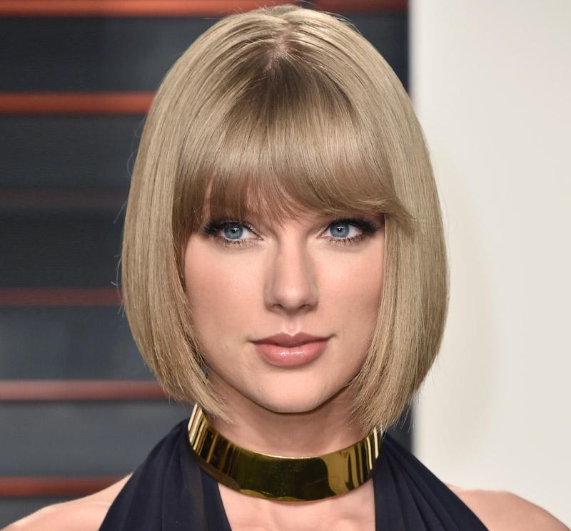 Beautiful Brunette Taylor V