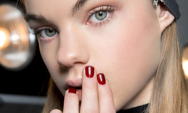 Manicura 'total look': guía para combinar todos tus básicos de moda