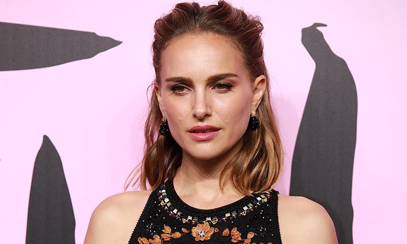 Hay una razón por la que actrices y modelos adoran este peinado fácil