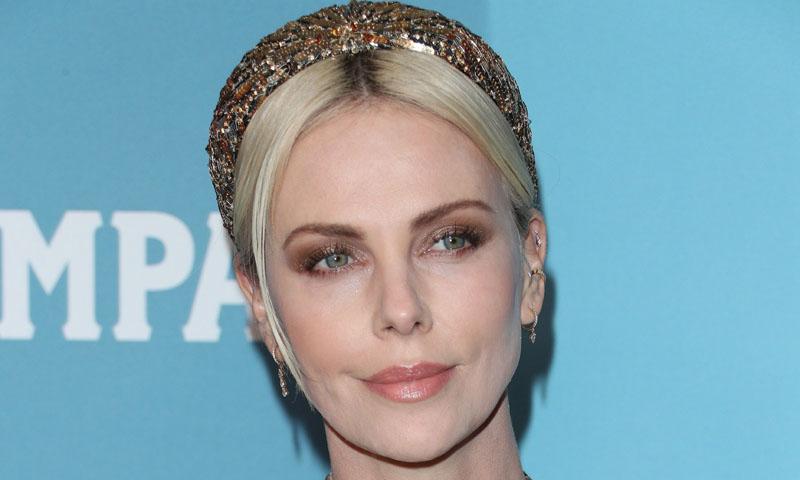 Hollywood versiona el accesorio de invitada que adoran las 'royals' europeas