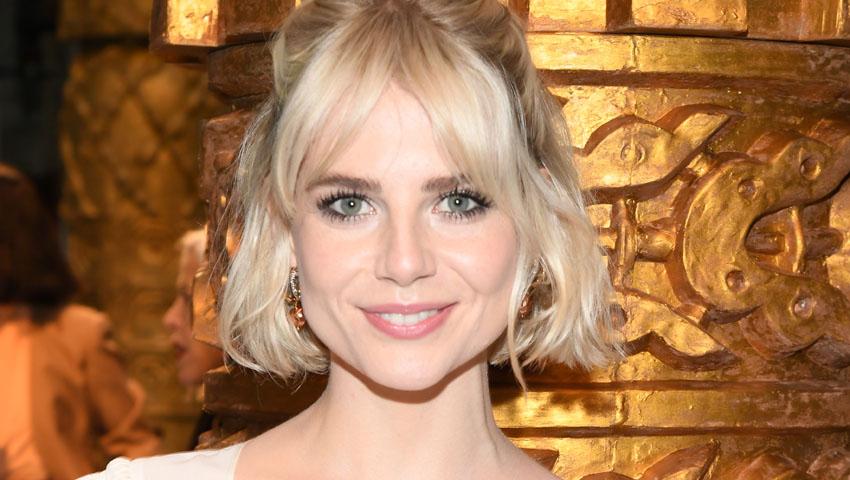 'Wob', el corte de pelo que Lucy Boynton quiere que lleves en primavera