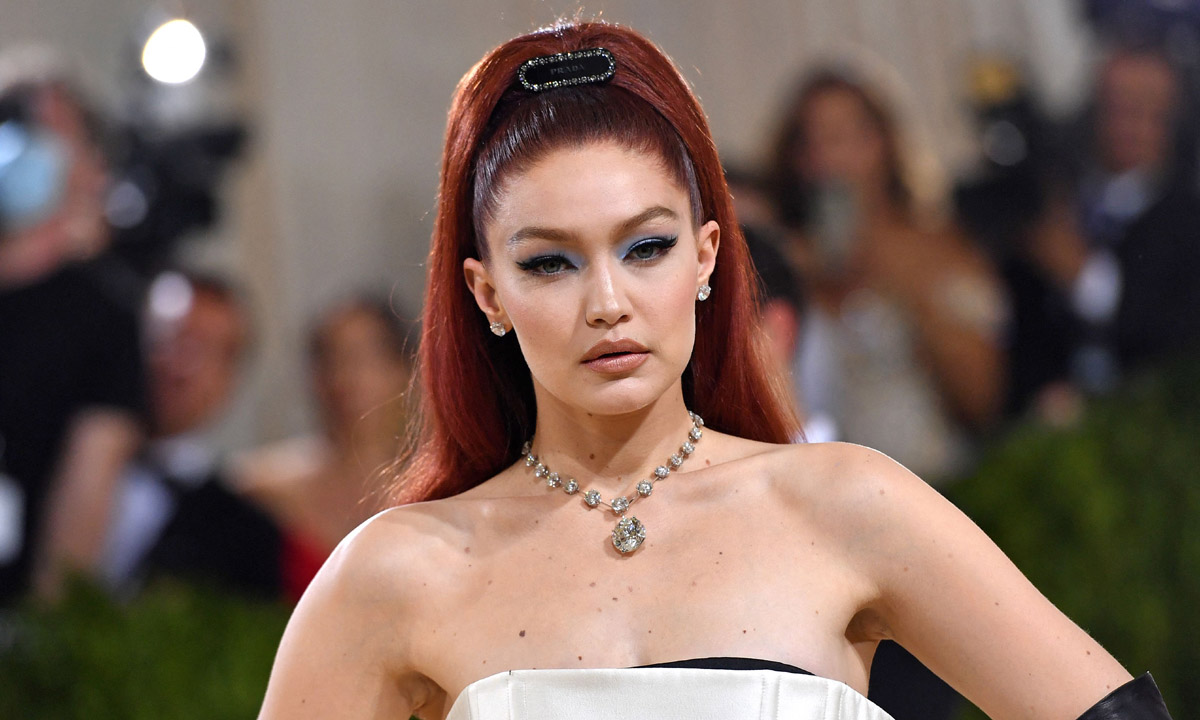Tres 'eyeliners' virales que resuelven tu look de Halloween de forma exprés