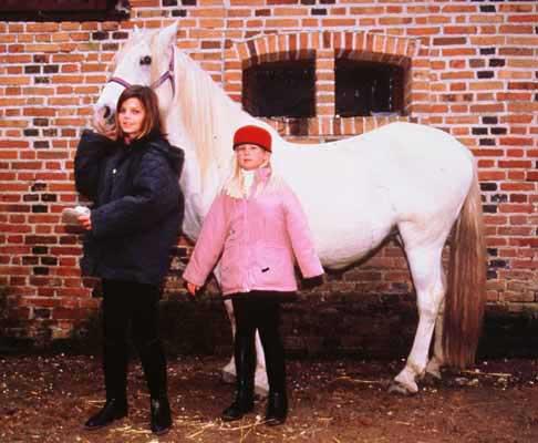 Christina y Athina Onassis 84603-roussel5
