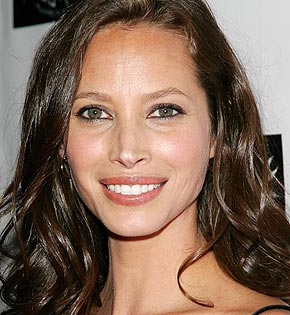 http://www.hola.com/imagenes/biografias/christy-turlington/88761-christy-turlington.jpg