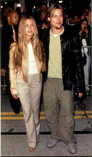 Brad Pitt le da una fiesta de cumpleaños sorpresa a su esposa, Jennifer Aniston