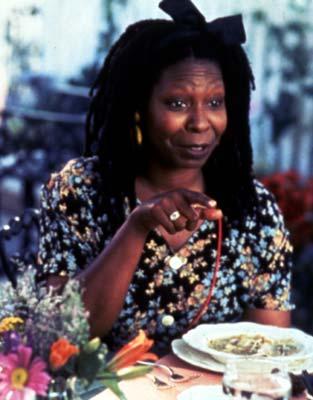 Whoopi Goldberg será Celia Cruz en una película sobre la vida de la cantante