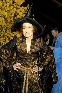 Sigourney Weaver, bruja por un día