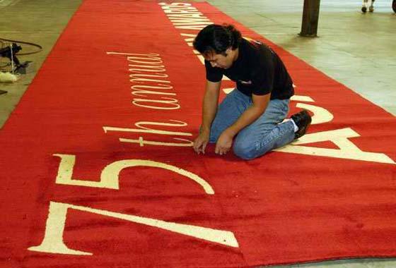 No habrá desfile de estrellas por la tradicional alfombra roja de los Oscar
