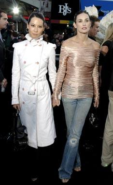 Belleza y 'glamour' se dan cita en el estreno en Los Ángeles de 'Matrix Reloaded'