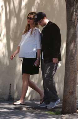 Brooke Shields da a luz una niña