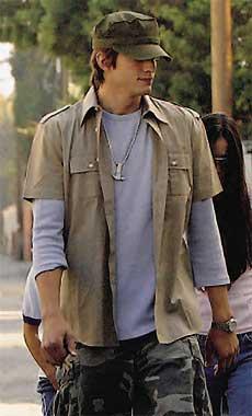 Demi Moore y Ashton Kutcher, cada día más enamorados