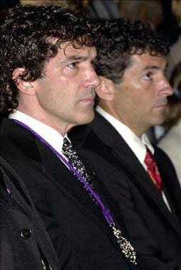Antonio Banderas y Melanie Griffith, padrinos de un niño