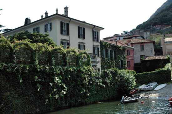 George clooney reanuda su romance con la modelo lisa for Villa italia modelos