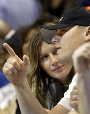 Leonardo DiCaprio y Gisele Bündchen, amor en el baloncesto