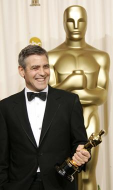 George Clooney y Rachel Weisz, oscar al actor y actriz de reparto