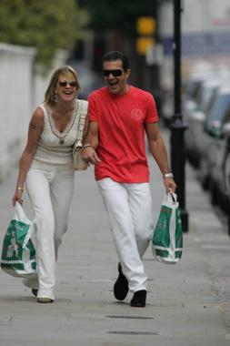 Antonio y Melanie, una década de felicidad, risas y mucha complicidad
