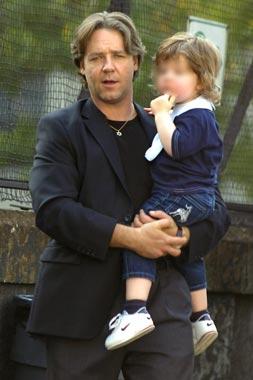 El hijo de Russell Crowe vive un primer y 'mágico' día de rodaje