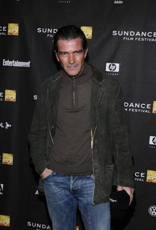 Antonio Banderas se presenta en Sundance sin Melanie, que se recupera de un accidente de esquí