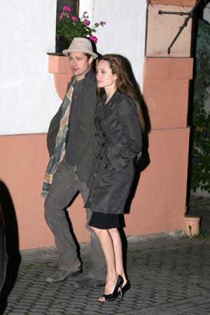 Angelina Jolie y Brad Pitt, su romántica y bohemia estancia en Praga