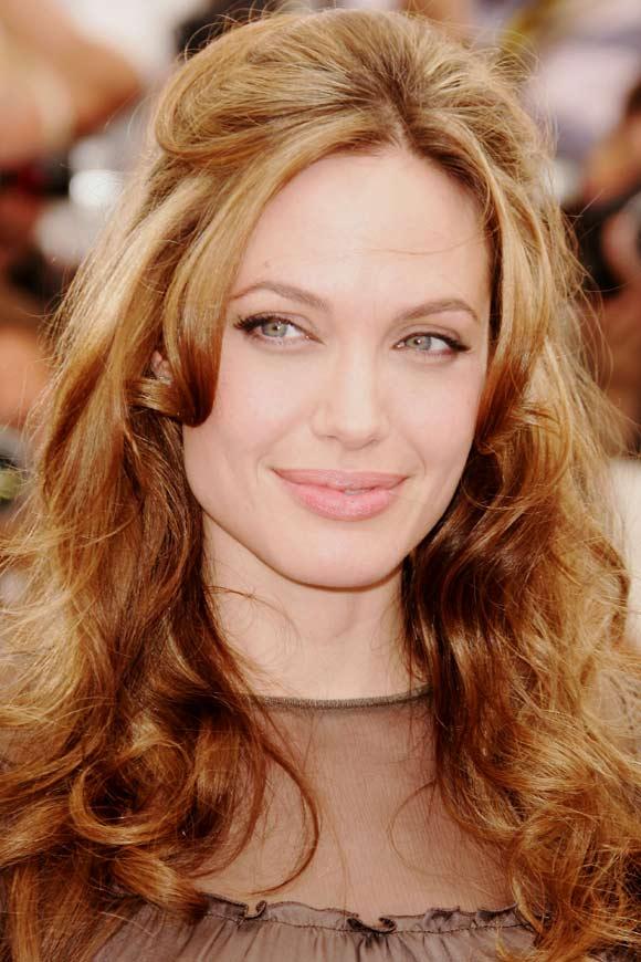 Cate Blanchett, Jodie Foster y Angelina Jolie competirán por el Globo de Oro
