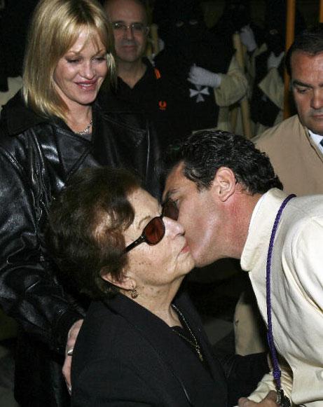 Antonio Banderas vive su Semana Santa más triste