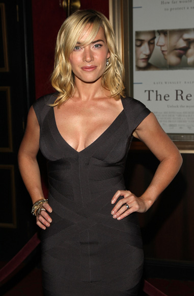 Kate Winslet, más bella y sexy que nunca en el estreno de 'The Reader'