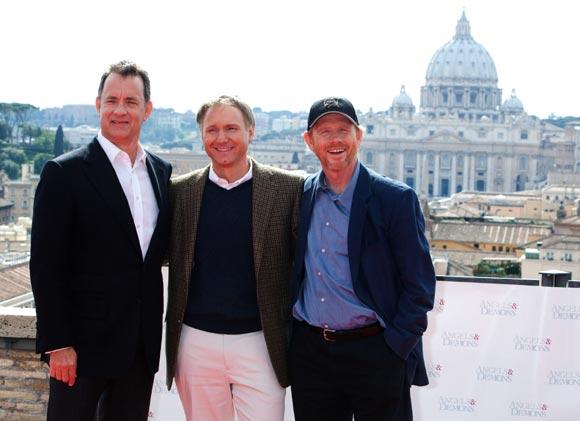 En medio de la controversia, Tom Hanks estrena 'Ángeles y Demonios' en Roma
