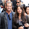 Mel Gibson y su novia Oksana Grigorieva, a punto de ser padres, de paseo por Nueva York