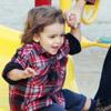 Camila Alves, en su octavo mes de embarazo, la mejor compañera de juegos de su hijo Levi