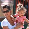 Nahla, la hija de Halle Berry, protagoniza una divertida tarde de juegos en el parque