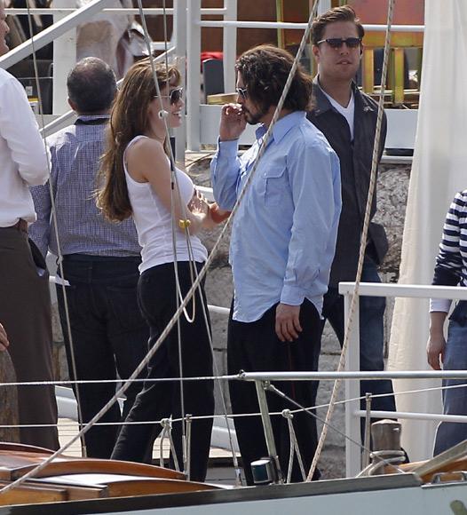 Angelina Jolie Y Johnny Depp Diversión Y Buen Ambiente En El Rodaje De The Tourist