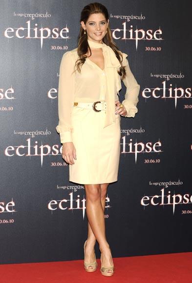 http://www.hola.com/imagenes/cine/2010062825361/ashleygreene/xaviersamuel/eclipse/0-77-811/ashleygreene-eclipse2-a.jpg