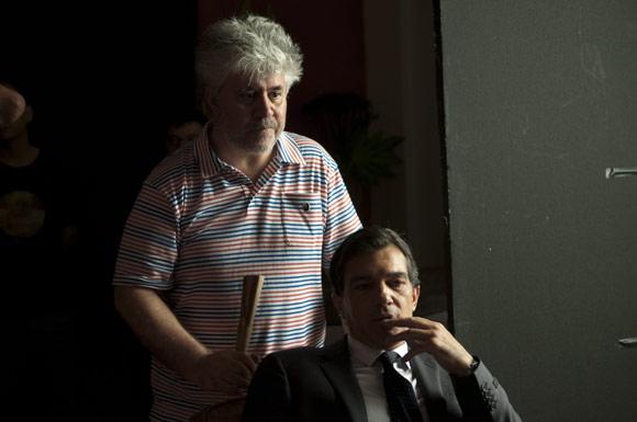 ¡Luces, cámara, acción! Antonio Banderas se pone a las órdenes de Pedro Almodóvar en la película 'La piel que habito'