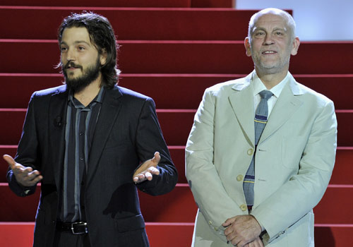 Álex de la Iglesia recibe el Premio Nacional de Cine en el Festival de San Sebastián