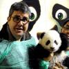 Florentino Fernández bautiza a una de las crías de oso panda del Zoo con el nombre de Po, el protagonista de 'Kung Fu Panda'
