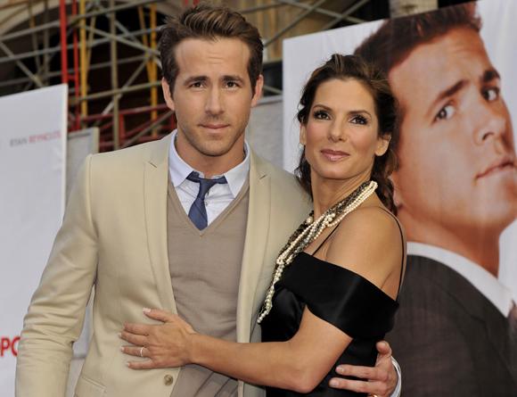 Sandra Bullock y Ryan Reynolds celebran juntos la noche de fin de año