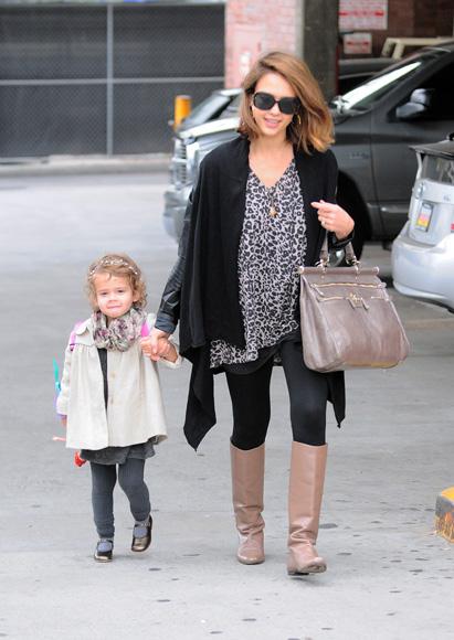 Jessica Alba será mamá por segunda vez