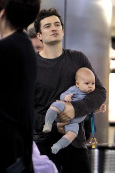 Flynn, el hijo de Orlando Bloom y Miranda Kerr, un pequeño y simpático 'trotamundos'