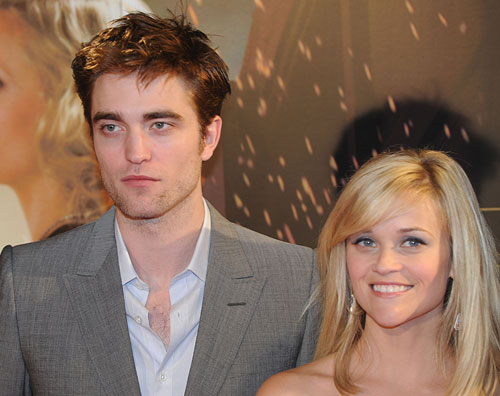 Robert Pattinson y Reese Whiterspoon