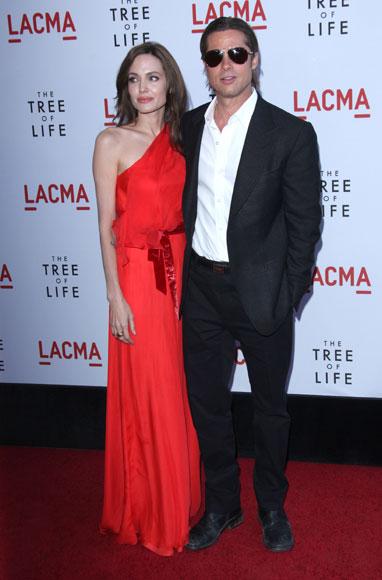 Guy Ritchie y su novia, Jacqui Ainsley, unos futuros papás en el estreno de 'The Tree of Life' en Los Ángeles