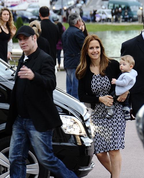 John Travolta y Kelly Preston con su hijo Benjamin