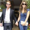Un paso más en su relación: Elizabeth Hurley presenta a Shane Warne a su gran amigo Elton John