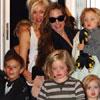 Shiloh, Zahara, Knox y Vivienne Jolie-Pitt disfrutan de una tarde de juegos en casa de Gwen Stefani