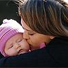 Jessica Alba, Angelina Jolie, Kate Hudson… sus más espontáneas imágenes en su papel de madres
