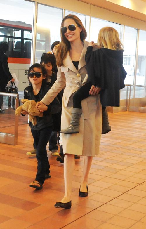 Angelina Jolie, Maddox, Pax, Vivienne