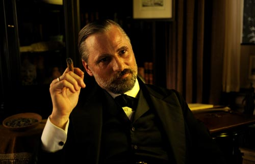 Entrevista a Viggo Mortensen, metido de lleno en la piel de Sigmund Freud en 'Un método peligroso'