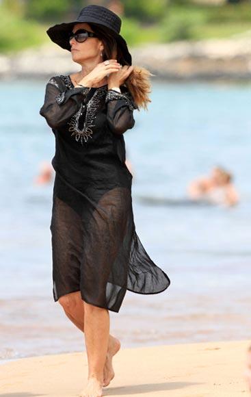 María Shriver se relaja con sus hijos en Hawaii ajena a los rumores de reconciliación con Arnold Schwarzenegger