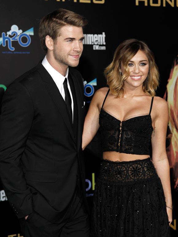 ¡Nos vamos de boda! Miley Cyrus, de 19 años, y su novio, Liam Hemsworth, de 22, se han comprometido