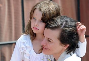 El innegable e impactante parecido de Milla Jovovich y su hija, Ever Gabo