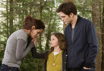 Así es Renesmee, la hija de Edward y Bella en la saga 'Crepúsculo'